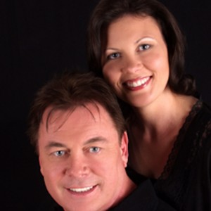 Jon& Julie - Singer/Songwriter in Grove City, Ohio