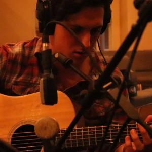 Josh Gatlin - Singing Guitarist / Acoustic Band in Bloomington, Minnesota