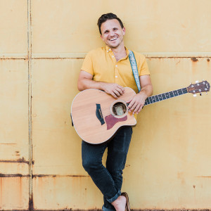 Josh Klaus - Singing Guitarist / Pop Singer in Austin, Texas