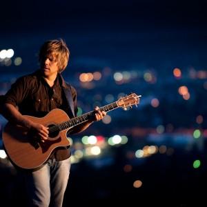 Josh Sarles - Singing Guitarist in Portland, Oregon