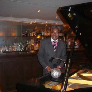 JP Newton -pianist - Singing Pianist in Philadelphia, Pennsylvania