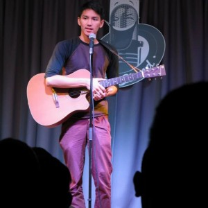 JR De Guzman - Stand-Up Comedian in Sacramento, California