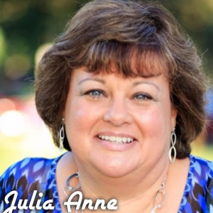 Julia Anne - Stand-Up Comedian in Copperopolis, California