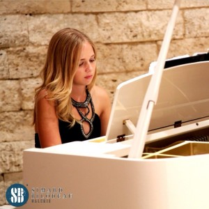 Julia Piano Company - Pianist / Wedding Entertainment in La Habra, California