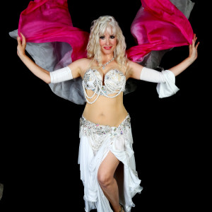 Julianna Bellydance - Belly Dancer in Minneapolis, Minnesota
