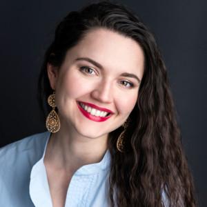 Julie Anna Gulenko, soprano - Opera Singer in Cleveland, Ohio