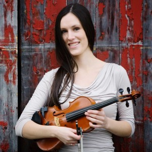 Julie Fitzgerald - Fiddler in Toronto, Ontario