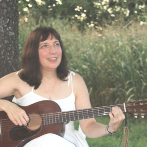 Julie Henigan - Celtic Music in Springfield, Missouri