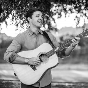 Justin Diaz - Singing Guitarist / Guitarist in Napa, California