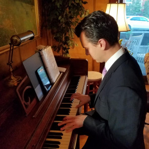 Justin Gaspar Music - Pianist / Holiday Party Entertainment in Bloomsburg, Pennsylvania