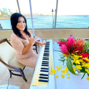 "Kaori ""Coco"" Kawabuchi - Pianist in Honolulu, Hawaii"