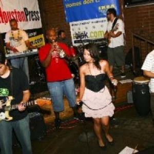 Karina Nistal - Funk Band / Spanish Entertainment in Houston, Texas