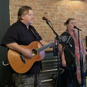 Karrie & Rich - Acoustic Band in Newark, Ohio