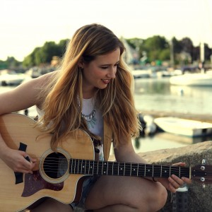 Kat Kennedy - Singing Guitarist in Boston, Massachusetts