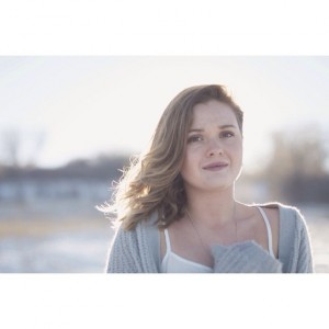 Kate Brady - Singer/Songwriter / Singing Pianist in Denver, Colorado