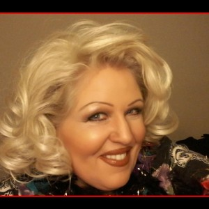 Kathy Thompson - Bette Midler Impersonator in Toronto, Ontario