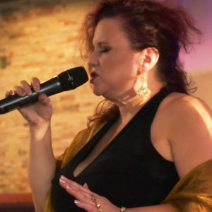 KathySings4U - Wedding Singer in Tampa, Florida