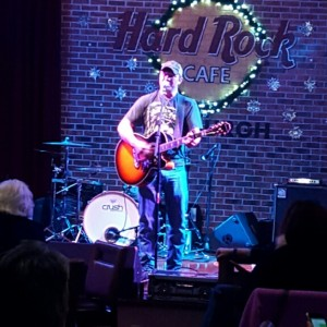 Keith Gill Jr. - Singing Guitarist / Acoustic Band in Trafford, Pennsylvania