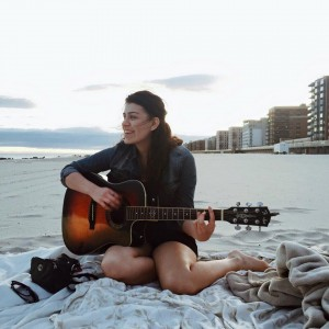 Kelly Vargas - Singing Guitarist in Oceanside, New York
