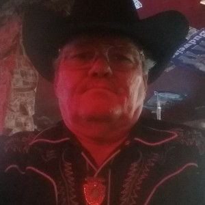 Kenny Earl - Country Singer / Karaoke DJ in Camden, Tennessee