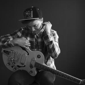 Kerry Hallett Music - Weddings & Events! - Singing Guitarist in Rehoboth Beach, Delaware