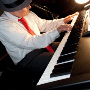 Kevin Gault - Pianist / 1980s Era Entertainment in Columbus, Ohio