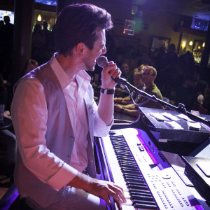 Keys on Main Dueling Pianos - Dueling Pianos in Costa Mesa, California