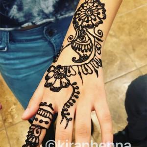 Kiranhenna  - Henna Tattoo Artist / Makeup Artist in Nanuet, New York