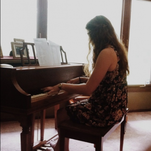 Kirsten Olson - Pianist / Keyboard Player in Winona, Minnesota