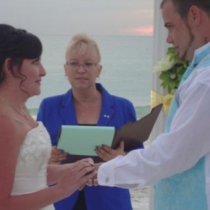 K.I.S.S. Weddings (Keep It Simple and Sweet) - Wedding Officiant in Sarasota, Florida