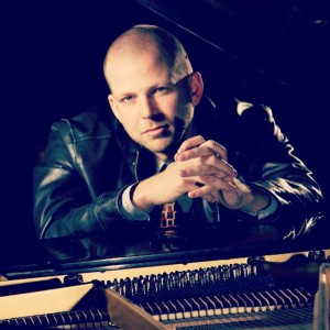 Kit Taylor - Pianist / Jazz Pianist in Portland, Oregon