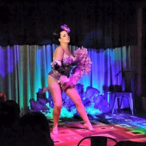 Kitty Cox - Burlesque Entertainment / Dancer in Eureka, California
