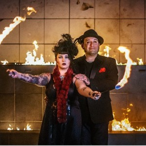 Knife Throwing - Circus Entertainment / Cabaret Entertainment in New Orleans, Louisiana