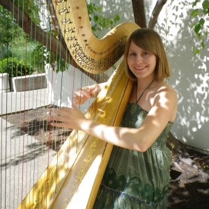 Kristin Lloyd - Harpist / Celtic Music in Nashville, Tennessee