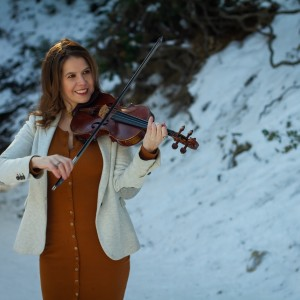 Lacy Rostyak - Violinist in South Pasadena, California