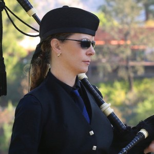 Ladybagpiper - Bagpiper in Los Angeles, California