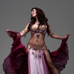 Lana Bellydancer - Belly Dancer / Holiday Entertainment in Vancouver, British Columbia