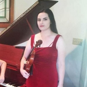 Laura Petillo Violinist - Violinist / Strolling Violinist in Red Bank, New Jersey