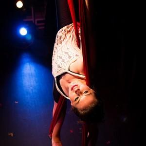 Lauren Breunig - Aerialist / Trapeze Artist in Brattleboro, Vermont
