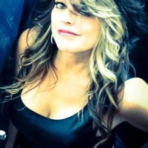Laurie Elder - Pop Singer in Rockledge, Florida