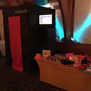 LCA Photo Booths - Photo Booths / Prom Entertainment in Allentown, Pennsylvania