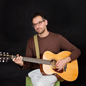 Guillaume Jabbour - Singing Guitarist in Montreal, Quebec