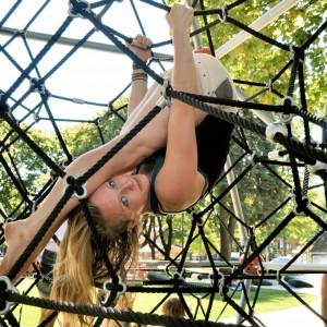 Leah Baker - Acrobat in Portland, Oregon