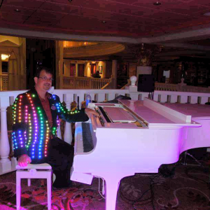 LED Piano Light Show - Pianist in Easley, South Carolina