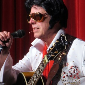 Lee Piper - Elvis Impersonator / Crooner in Detroit, Michigan