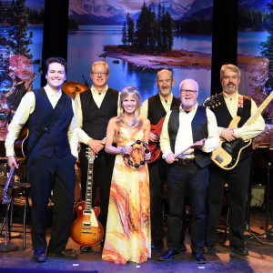 Leisa Way & The Wayward Wind Band - Tribute Band in Toronto, Ontario