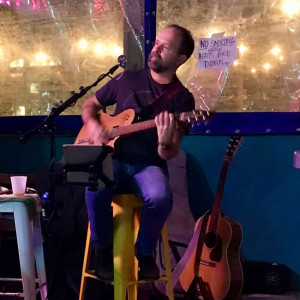 Lenny Burridge (Solo & Duo) - Singing Guitarist in Charleston, South Carolina