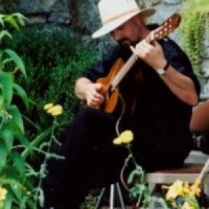 Leonel Lorador - Guitarist in Verona, New Jersey