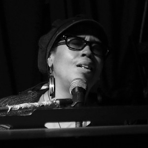 Lilli Lewis - Singing Pianist / Keyboard Player in New Orleans, Louisiana