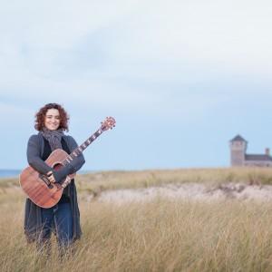 Lina Hayek Music - Singing Guitarist / Acoustic Band in Long Beach, California